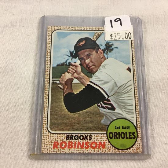 Collector Vintage 1967 T.C.G. Sport Baseball Card Brooks Robinson 3rd Base #20 Topps Sport Card