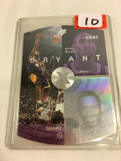 Collector 1998 Upper Deck SPX Silver Kobe Bryant #21 Foil SP Holoview Insert Lakers Sport card