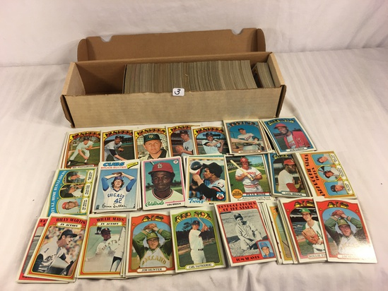 Collector Vintage 1970-79 Topps Sport Trading Baseball Cards in Box - See Pictures
