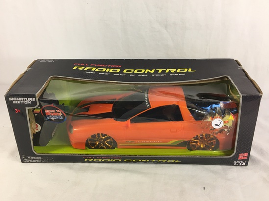 Collector Signature Edition Full Function Radio Control 27/49 MHZ Scale 1:14