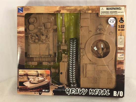 Collector  NewRay Heavy Metal B/O M1A1 Scale 1/32 DieCast Metal Military Tank