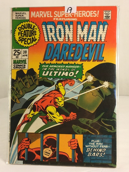 Collector Vintage Marvel Super-Heroes Featuring Iron Man Draedevil Comic Book No.30