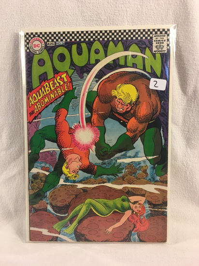 Collector Vintage DC Comics Aquaman Comic Book No.34