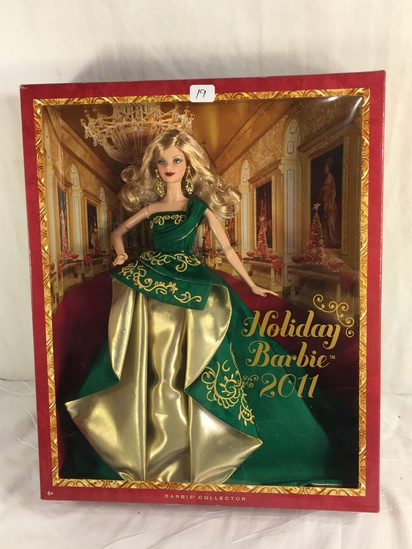 "Collector NIP 2011 Mattel Holiday Celebration Barbie Doll 11-12"" Tall Doll - See Pictures"
