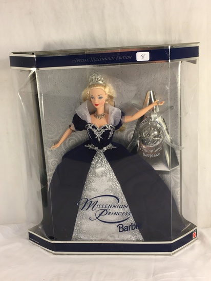 "Collector NIP 2000 Mattel Holiday Celebration Barbie Doll 11-12"" Tall Doll - See Pictures"