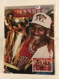 Collector 1993 Beckett Basketball Monthly Magazine No.38