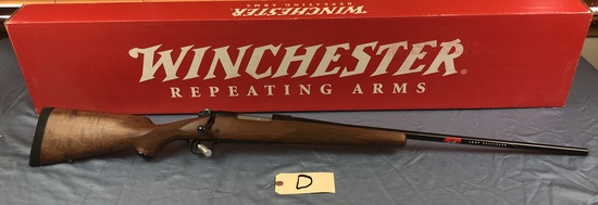 Winchester, 70 Sporter, 7mm rem mag, New in Box