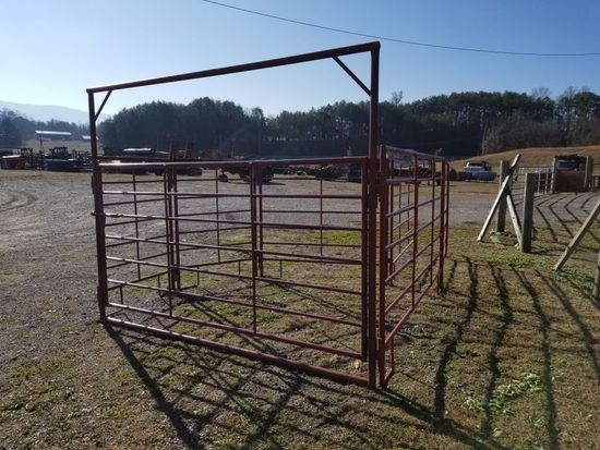 SWEEP CORRAL W/ HEAVY DUTY PANELS AND 1 10' BOW GATE, EXTRA TALL, SET UP IS