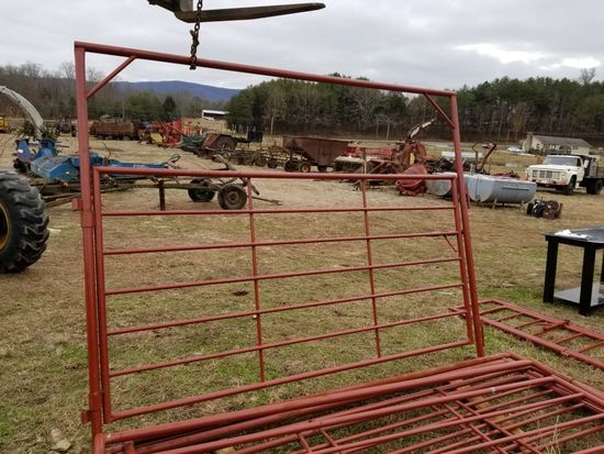 RED HEAVY DUTY EXTRA TALL 10' BOW GATE
