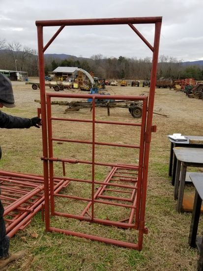 RED HEAVY DUTY EXTRA TALL 4' BOW GATE