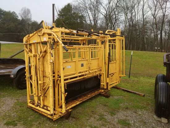 FOR-MOST CATTLE WORKING CHUTE W/ PALP CAGE, MODEL 30 HEADGATE, MODEL 450 CH