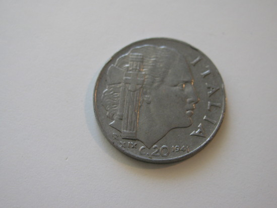 Foreign Coins:  WWII 1941 Italy 20 Centmos