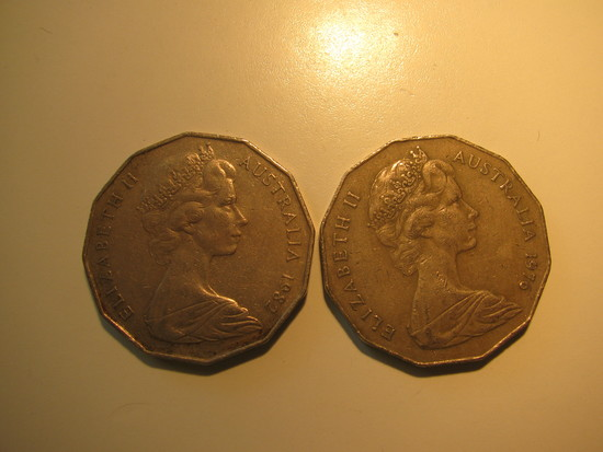 Foreign Coins:  1976 & 1982 Australia 50 cents big coins