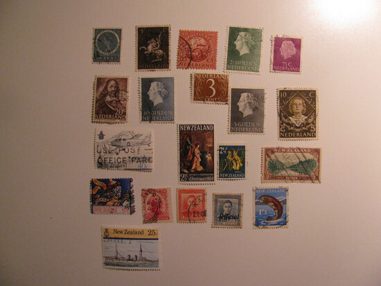 Vintage stamps set of: Netherlands & New Zealand