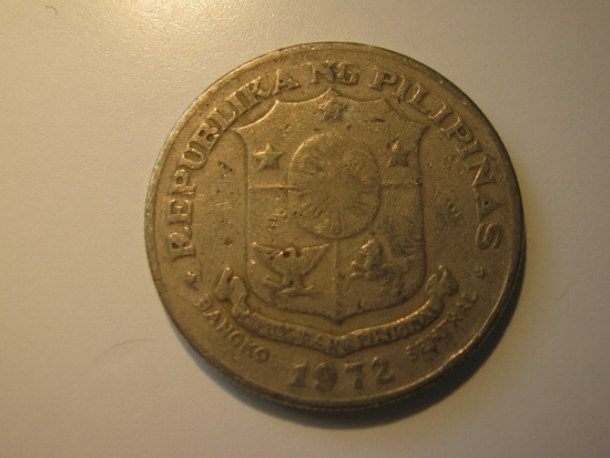 Foreign Coins: 1972 Philippines 1 Piso big coins