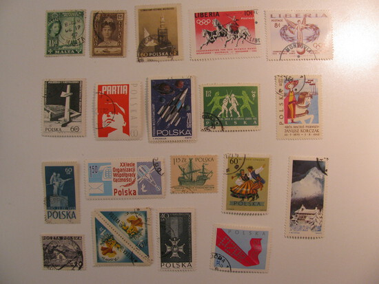 Vintage stamps set of: Poland, Curacao, Liberia & Malta