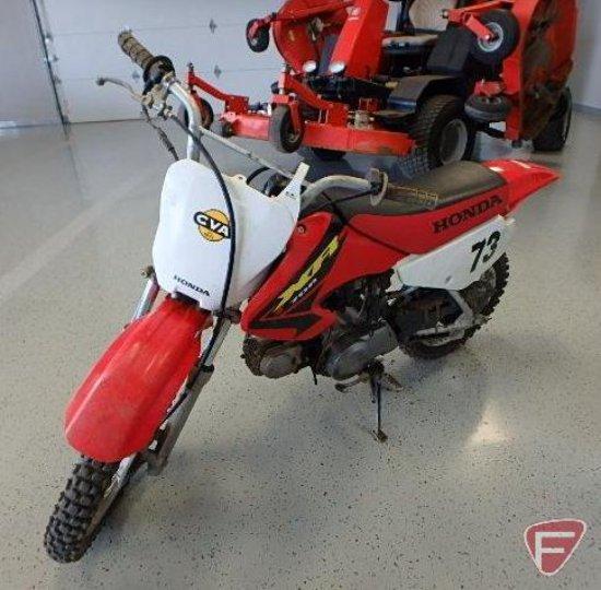2003 Honda XR70R3 dirt bike, 3 spd, runs and drives, VIN