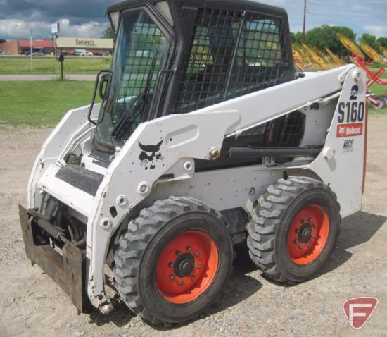 2008 Bobcat skidloader S160, diesel, 2 speed, with enclosure and heat, Bobtach, 2,187 hours showing