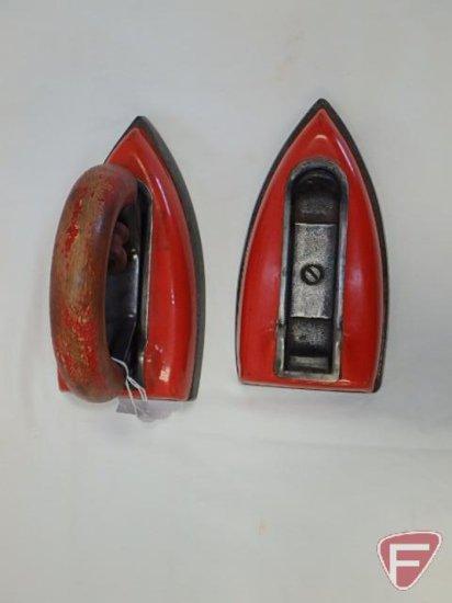 Red enameled iron set: Czechoslovakian, detachable handle and two bottoms