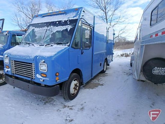 2005 Freightliner MT45 Chassis Truck, VIN