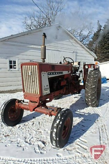 IH/International Harvester Farmall 656 row crop tractor sn 17528S
