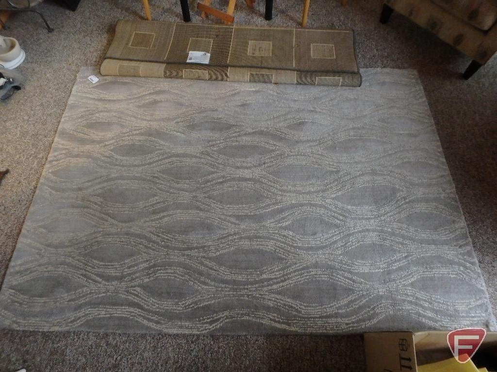 2 Matching Throw Rugs Beaul Auctions Online Proxibid
