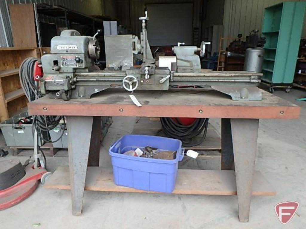 Lot: Craftsman lathe, model 101 28940, SN: 002573, has two