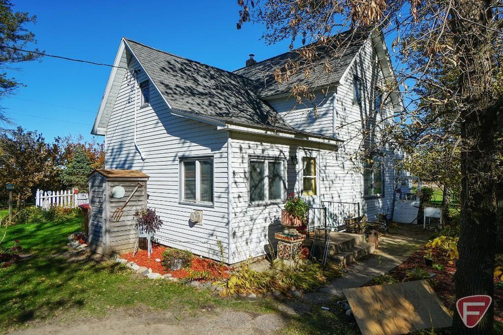 129.80 Acres Buffalo-Howard Lake Area Land