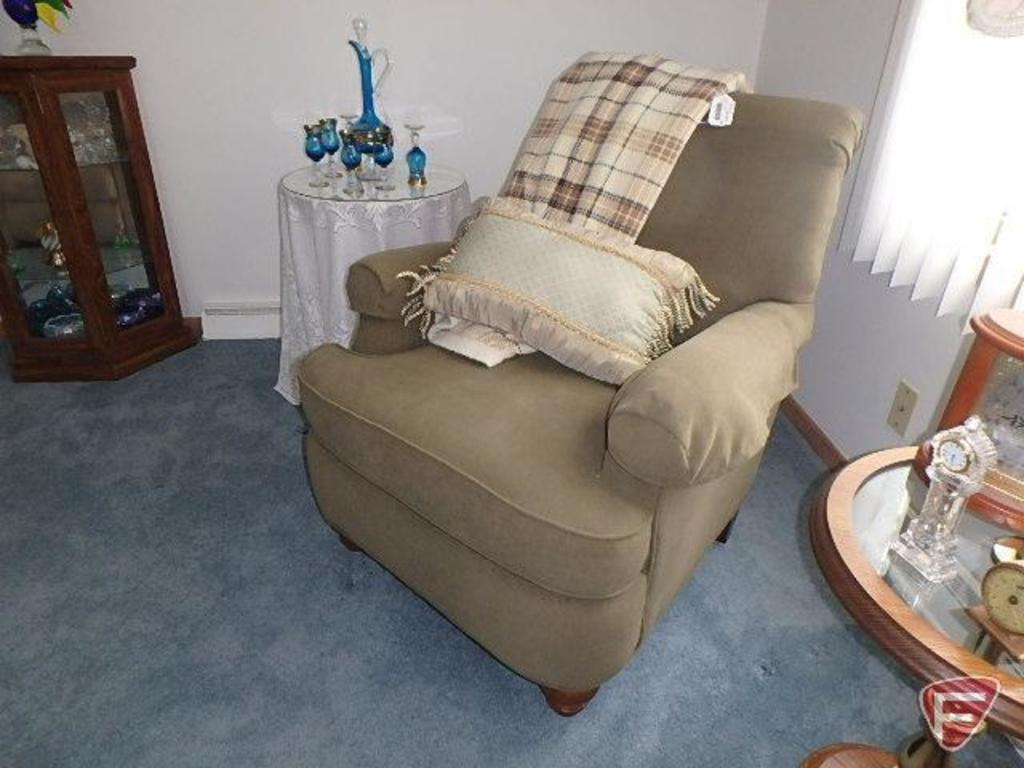 Flexsteel upholstered chair with blanket and pillow