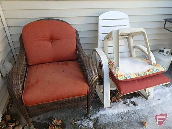 Wicker deck chair, dark brown with orange cushion