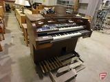Baldwin FanFare Deluxe Super Series electric organ with imitation stained glass light