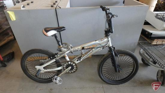 20? youth silver Mongoose Air Assault bike/bicycle