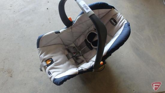 Chicco Infant Car seat (no base)