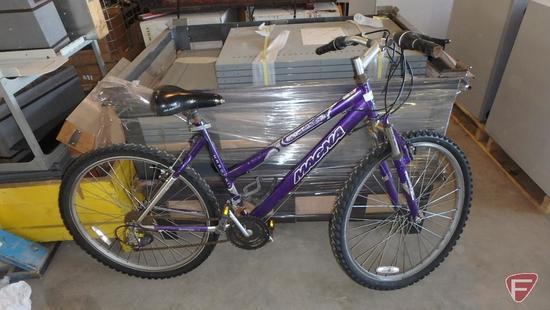 Women?s purple Magna Hardtail bike/bicycle