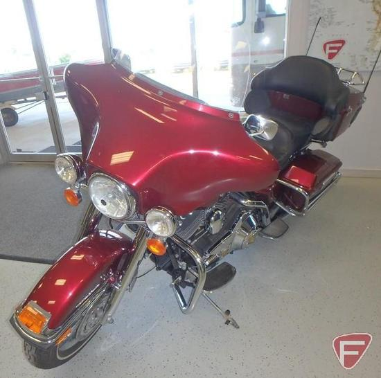 2006 Harley-Davidson FLHTCUI Electra Glide Ultra Classic Custom Fully Dressed Stage II Motorcycle