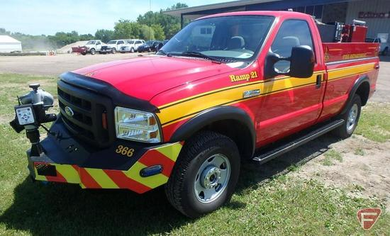 2006 Ford F-350 Parking Ramp Fire Truck