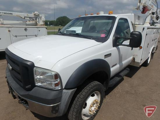 2006 Ford F-550 Mechanics Service Truck with Crane