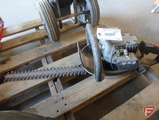 """Craftsman 19"""" Bushwacker gas hedge trimmer"""