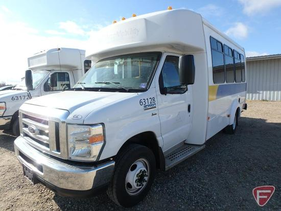 2014 Ford E-450 Super Duty Elkart Bus