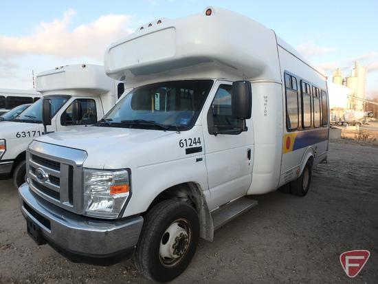 2013 Ford Econoline 350 Super Duty Supreme Bus