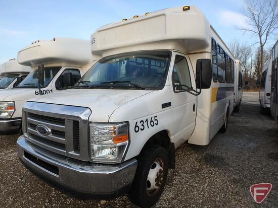 2012 Ford E-450 Super Duty Glaval Bus