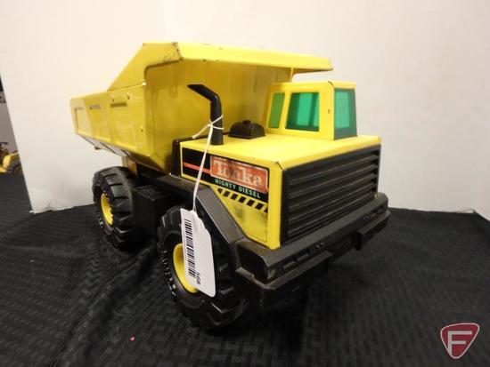Mighty-Tonka mighty-diesel dump truck