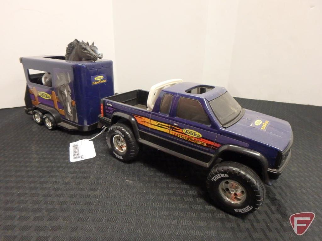 Tonka Flying T Ranch plastic pickup and trailer