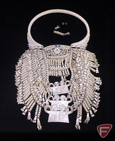 Hmong torque Silver bullion lock necklace/ceremonial wedding necklace (39.605 ozt)