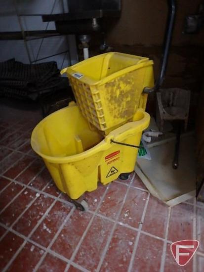 Rubbermaid wringer mop bucket