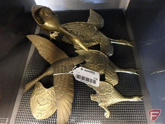Brass ducks, 23 pcs