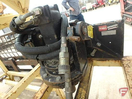 Dingo post hole auger power head model: 22400 sn: 210000398
