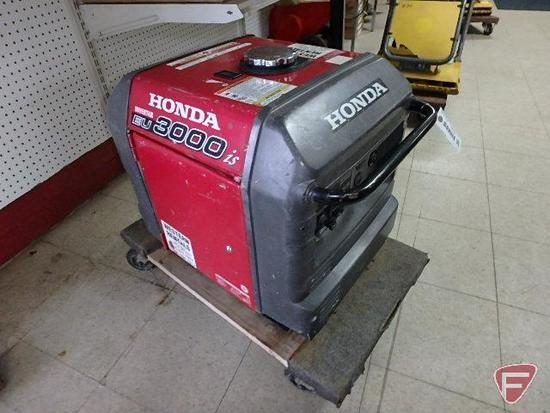 Honda eu3000 portable 3000 watt gas generator, 124/240V