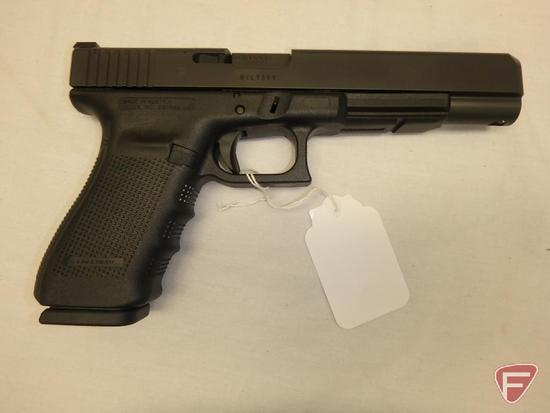 Glock 40 10mm semi-automatic pistol