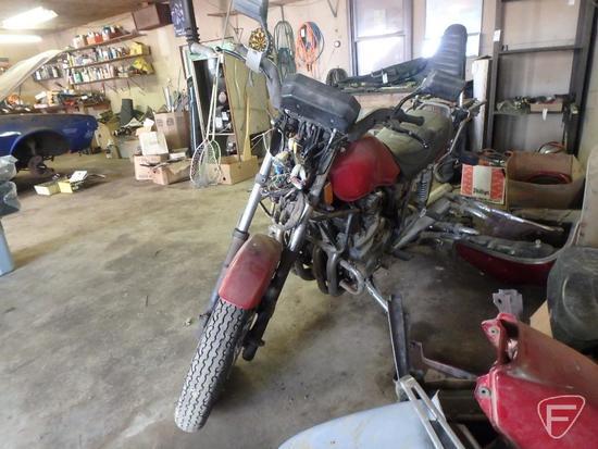 1981 Yamaha XJ750 Motorcycle